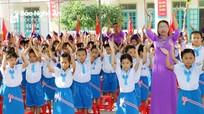 Trưởng ban Tổ chức Tỉnh ủy dự Lễ khai giảng Trường Tiểu học Ngọc Sơn (Quỳnh Lưu)