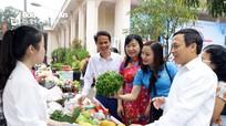"""Phụ nữ khởi nghiệp TP Vinh giới thiệu hơn 200 mặt hàng """"sạch"""""""