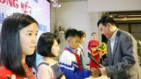 """Trao thưởng cho 24 học sinh đạt giải cuộc thi """"Đại sứ văn hóa đọc"""""""