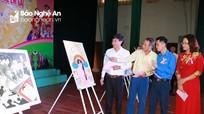 Học sinh Nghệ An hào hứng tham gia vẽ tranh về 'Ngày quốc tế trẻ em gái'