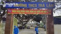 Chỉ mới hơn 60% trường học ở Nghệ An được phun thuốc khử trùng