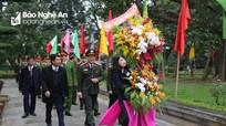 Công an Nghệ An dâng hương tưởng niệm Chủ tịch Hồ Chí Minh và cố Bộ trưởng Trần Quốc Hoàn