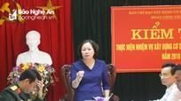 Trưởng Ban Tuyên giáo Tỉnh ủy kiểm tra cụm ATLC - SSCĐ tại Quỳnh Lưu