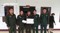 Bộ đội Biên phòng Nghệ An chúc mừng 70 năm Ngày thành lập Quân đội nhân dân Lào
