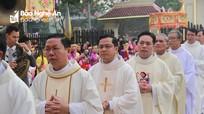 Ý nghĩa về màu áo của linh mục Công giáo mặc ở các dịp lễ trong năm