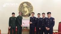 Bộ đội Biên phòng Nghệ An chúc Tết Cảnh sát biển và Hải quân Vùng 1