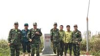 Tuần tra bảo vệ đường biên cột mốc và rừng đầu nguồn