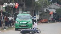 Nghệ An: Taxi đâm liên hoàn 3 xe máy, 3 người thương vong