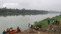 Vẫn chưa tìm thấy người đàn ông nghi tự vẫn trên sông Lam