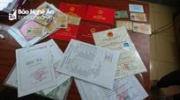 Nghệ An: Triệt phá đường dây làm giấy tờ, bằng cấp giả