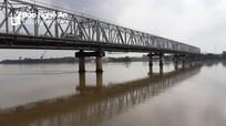 Tìm thấy thi thể người đàn ông ở TP. Vinh nhảy cầu Bến Thủy
