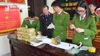 Cuộc vây bắt 2 đối tượng người Lào vận chuyển thuê 20 bánh heroin ở sát biên giới