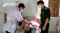Cứu sống nam thanh niên vùng biên Nghệ An ăn lá ngón tự tử