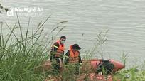 Tìm thấy thi thể người đàn ông đuối nước khi đi soi tôm trên sông Lam