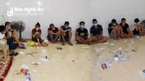 Nghệ An: Đột kích trại gà và quán cà phê, bắt 23 đối tượng đánh bạc