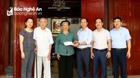 Báo Nghệ An thăm, tặng quà Bà mẹ Việt Nam anh hùng, thân nhân liệt sỹ