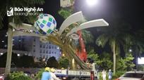 Thành phố Vinh yêu cầu doanh nghiệp thi công làm lại cột đèn trang trí bị hỏng sau dông lốc