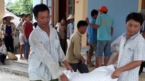 Con Cuông tiếp nhận 608 tấn gạo hỗ trợ người dân bảo vệ rừng