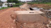 Cầu tràn mới sửa chữa đã bị hư hỏng nặng