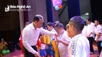 Vui Tết Trung thu cùng trẻ em nghèo thành phố Vinh
