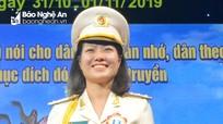 Nữ sỹ quan xinh đẹp Nghệ An tranh tài Hội thi chung khảo Báo cáo viên giỏi toàn quốc