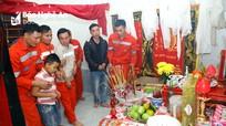 Chia sẻ sâu sắc với gia đình công nhân bị tai nạn ở Nhà máy Xi măng Đô Lương