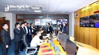 Phó Bí thư Thường trực Tỉnh ủy chúc Tết cán bộ, phóng viên, kỹ thuật viên Đài PT-TH Nghệ An