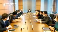 Đoàn đại biểu Quốc hội tỉnh Nghệ An thảo luận về công tác nhân sự của Quốc hội khóa XV