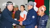 Ngân hàng Nhà nước Chi nhánh Nghệ An trao trên 800 suất quà Tết cho hộ nghèo