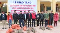 Hội Chữ thập đỏ tỉnh trao lợn giống cho hộ nghèo ở Tương Dương, Kỳ Sơn