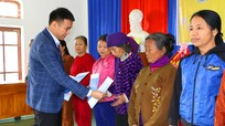 Mobifone Nghệ An trao 69 suất quà Tết cho hộ nghèo huyện Thanh Chương