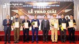 Trao giải cuộc thi 'Tìm kiếm sáng kiến, giải pháp cải cách hành chính tỉnh Nghệ An năm 2020'