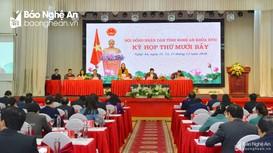 Kỳ họp thứ 17, HĐND tỉnh Nghệ An khóa XVII: Sôi nổi thảo luận tại hội trường