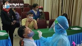 Thanh Chương xét nghiệm cho gần 1.000 người liên quan ca nhiễm cộng đồng