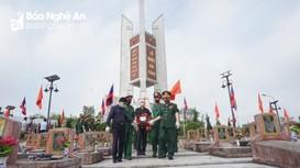 Trang nghiêm lễ an táng 95 liệt sỹ hy sinh tại Lào