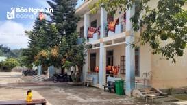 Nghệ An: Xã bị phê bình vì để công dân trong khu cách ly tự do tiếp xúc người nhà