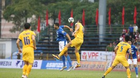 HIGHLIGHT: Khắc Ngọc bỏ lỡ cơ hội, SLNA tuột mất 3 điểm trước Than Quảng Ninh