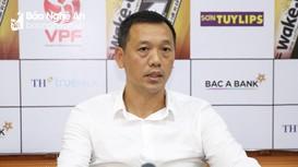 HLV Nguyễn Đức Thắng khen ngợi học trò sau trận thắng Thanh Hóa