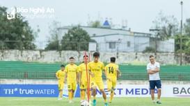 Cầu thủ SLNA hào hứng trước trận đấu tái ngộ Phi Sơn trên sân Vinh