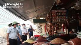 Nghệ An: Sẽ xử lý nghiêm hành vi găm hàng, 'thổi' giá trong mùa dịch