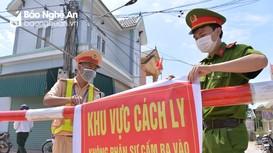 Truy tìm hành khách trên chuyến xe chở bệnh nhân Covid-19 ở thị xã Hoàng Mai