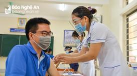 Nghệ An triển khai tiêm vắc-xin phòng Covid-19 đợt 4