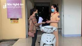 Nhận lại xe máy sau 3 năm bị mất trộm ở Nghệ An