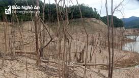 Lòng hồ thủy điện Hủa Na vẫn cạn trơ đáy sau đợt mưa lớn