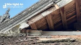 Sau mưa lớn, di tích Quốc gia đình Trung Cần hư hỏng nặng nề