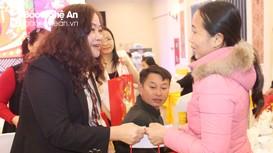 272 công nhân, lao động có hoàn cảnh khó khăn được tặng quà Tết