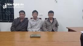 3 gã đàn ông cùng xã rủ nhau buôn 1 bánh heroin