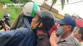 Bắt đối tượng chém người đàn ông tử vong tại chỗ ở thị xã Thái Hòa