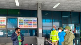 Phó Bí thư Thường trực Tỉnh ủy kiểm tra công tác đón công dân trở về và phòng, chống mưa bão
