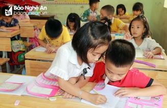 Nghệ An sẽ công bố kết quả chọn sách giáo khoa lớp 2 và lớp 6 trước ngày 5/4